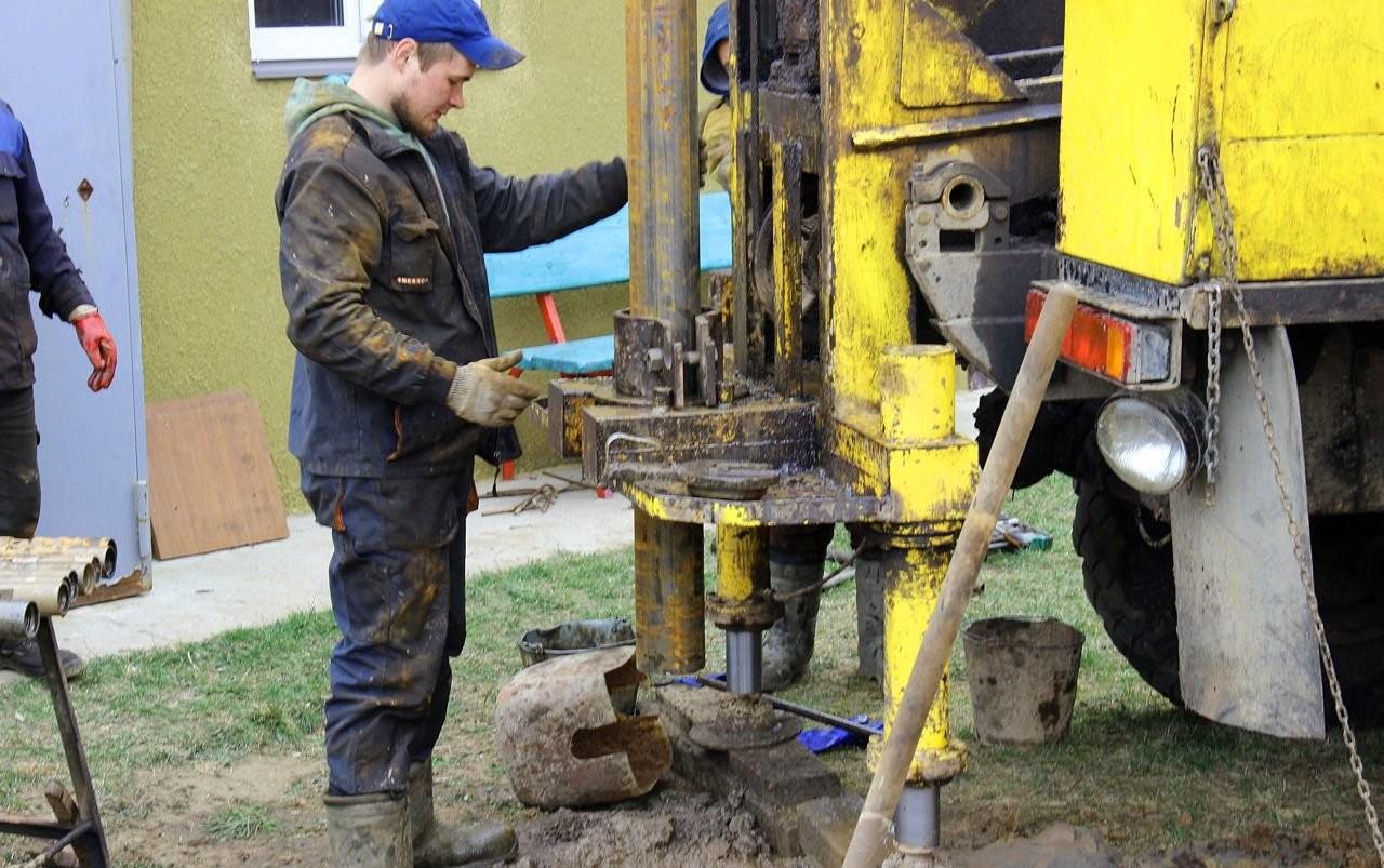Бурим скважины на воду - Белгород, цены, предложения специалистов